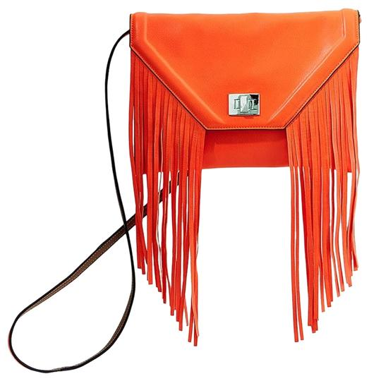 Preload https://img-static.tradesy.com/item/15981469/steve-madden-gibson-coral-cross-body-bag-0-1-540-540.jpg