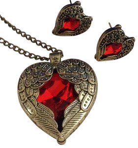 Red heart with wings vintage Look sweater length necklace with pierced earrings Set