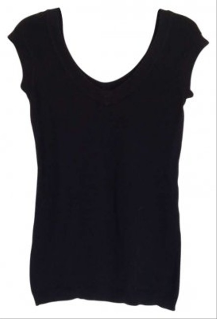 Preload https://item5.tradesy.com/images/frenchi-black-tee-shirt-size-8-m-159844-0-0.jpg?width=400&height=650