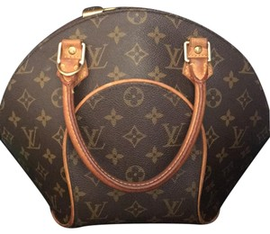 Louis Vuitton Tote in Traditional Brown Monogram Canvas