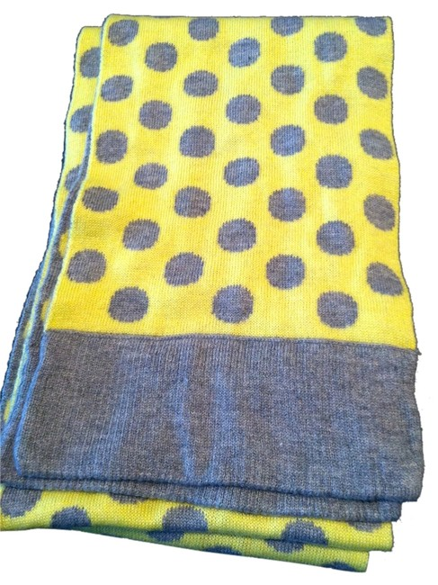 Item - Heather Gray and Yellow Scarf/Wrap