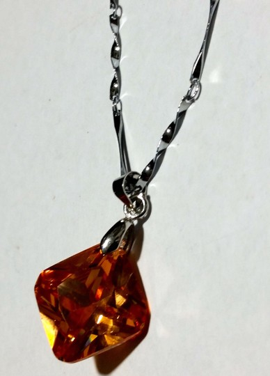 Other New Orange Crystal Pendant Necklace Silver Tone A211