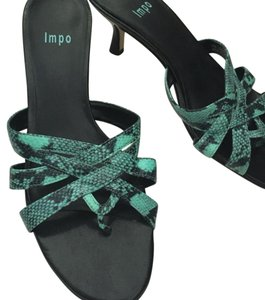 Impo Turquiose / Black Pumps
