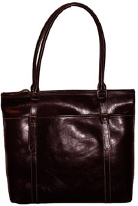 Nine & Co. Leather Like New Free Shipping Shoulder Bag