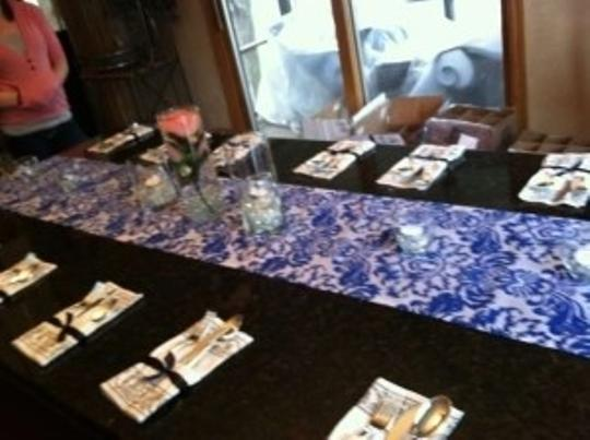 Royal/Navy Blue Taffeta Table Runners 23 Count Tablecloth