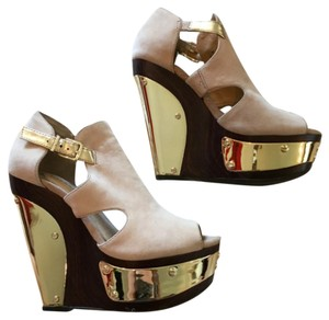 Gianni Bini Tan, brown & gold Wedges