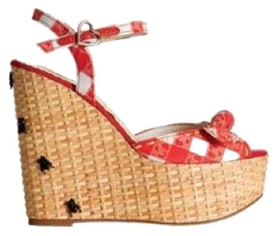 Preload https://item5.tradesy.com/images/harajuku-lovers-red-and-white-wedges-size-us-7-regular-m-b-15987829-0-1.jpg?width=440&height=440