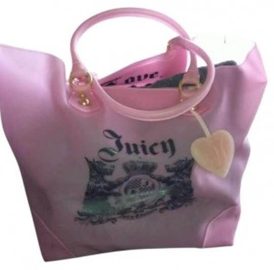 Preload https://item4.tradesy.com/images/juicy-couture-tote-pink-jelly-beach-bag-159888-0-0.jpg?width=440&height=440