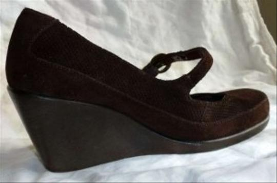 ALDO Vintage Look Brown Wedges