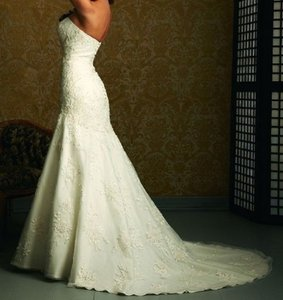 Allure Bridals White Satin/Tulle/Lace P907 Traditional Wedding Dress Size 12 (L)