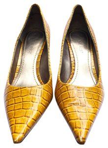 Nine West Croc Stiletto Kitten Heel Heel Yellow Pumps