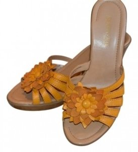 Other Yellow Wedges
