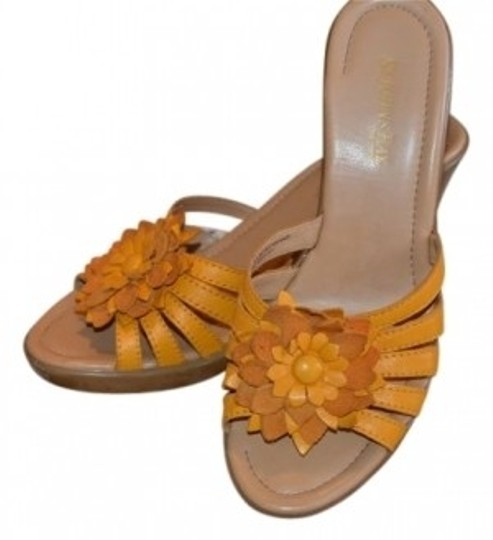 Preload https://item1.tradesy.com/images/yellow-leather-flower-wedges-size-us-7-regular-m-b-15995-0-0.jpg?width=440&height=440