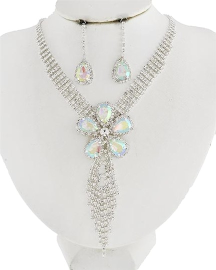 Other Silver Tone Ab Acrylic & Clear Rhinestone Necklace & Earrings