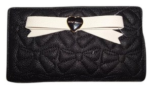 Betsey Johnson Quilted bows bi fold wallet