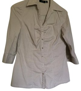 Apt. 9 Button Down Shirt Brown and white
