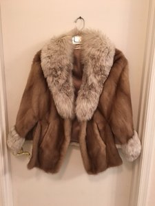 GOUDCHAUX Fur Mink Fox Cape