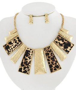 PARATI Gold Tone Brown Leopard Print Leatherette Necklace and Earrings