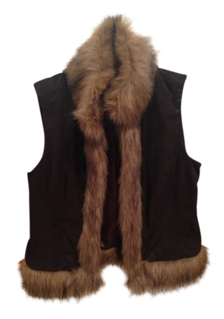 Preload https://img-static.tradesy.com/item/1600069/inc-international-concepts-sable-vest-size-12-l-0-0-650-650.jpg