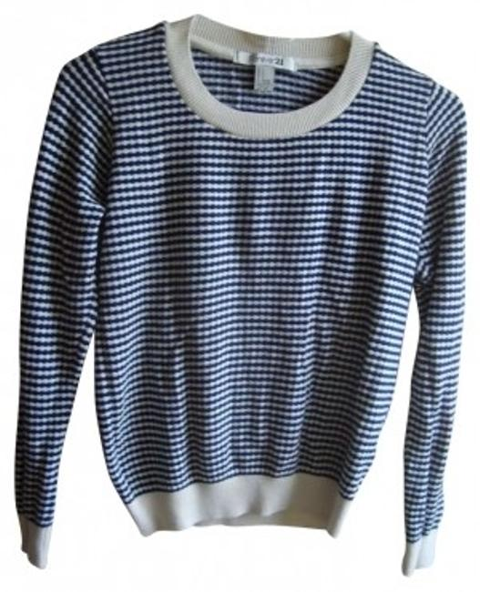Preload https://item1.tradesy.com/images/forever-21-striped-navy-blue-sweaterpullover-size-4-s-160020-0-0.jpg?width=400&height=650