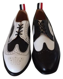 Thom Browne Black and white Flats
