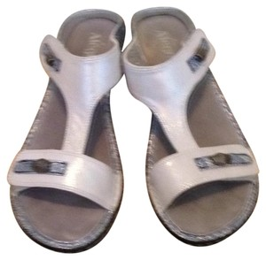 Alegria by PG Lite White/silver Sandals