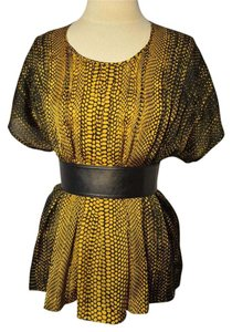Kenneth Cole Top Black and yellow