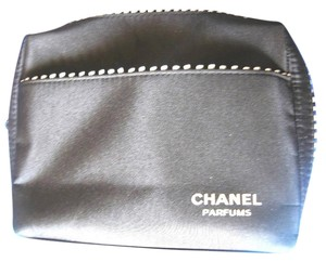 Chanel NEW CHANEL BLACK WHITE TRIM Makeup PERFUME JEWELRY COSMETIC BAG 2 ZIPPERS
