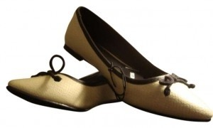 Express Tags Vintage Cream Flats