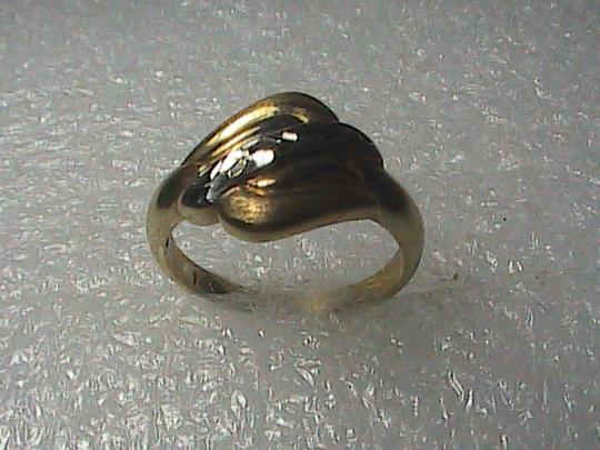 Vintage 14k Yellow Gold Diamond Cut Band Ring Image 5