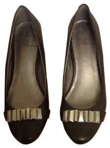 Kenneth Cole Reaction Flats