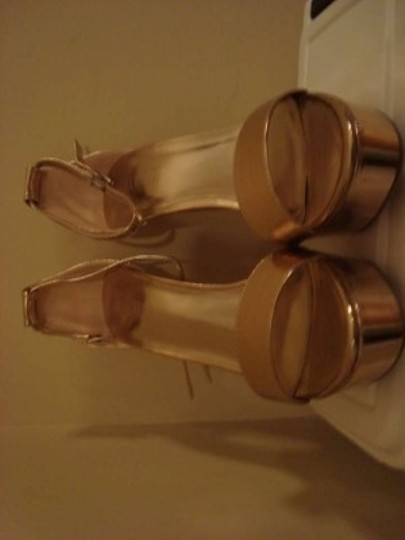 Forever 21 Metallic Strappy High Heels Rose Gold Sandals