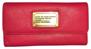 Marc Jacobs Classic Q Long Foldover Wallet