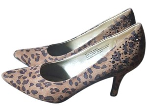 Maurices Pumps