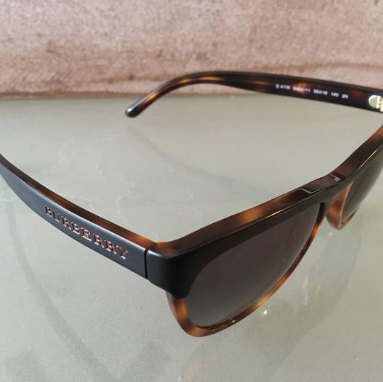 Burberry BURBERRY Sonnennbrillen BS 4176 3462 11 Sunglasses Italy Image 1