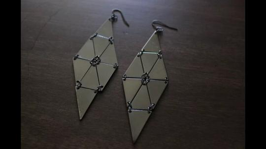 Express Fashion Jewelry: Dangle Earrings, Pewter