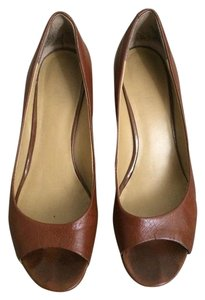 Nine West Cognac Wedges