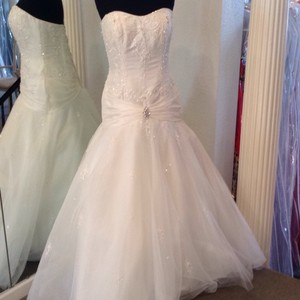 Tiffany Designs Wedding Dress
