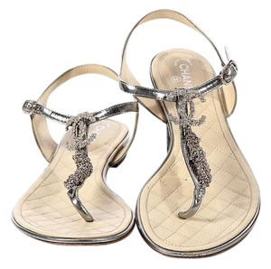 Chanel Cc Metallic Ch.ek0504.12 T-strap Crystal Sandals