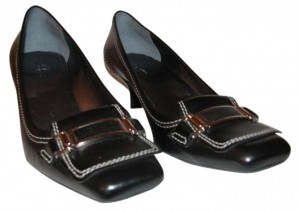 Cole Haan Low Heeled Casual Black leather Pumps