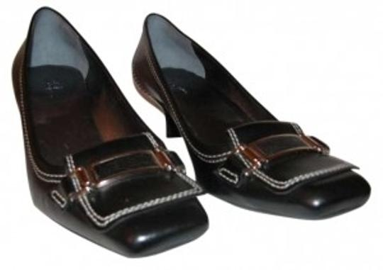 Preload https://item5.tradesy.com/images/cole-haan-black-leather-pumps-size-us-9-160179-0-0.jpg?width=440&height=440