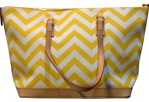 Dooney & Bourke Tote in Yellow