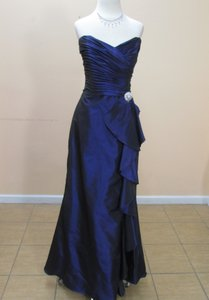 Eden Violet Taffeta 7351 Formal Bridesmaid/Mob Dress Size 10 (M)