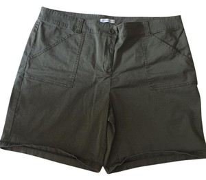 New York & Company Bermuda Shorts Green