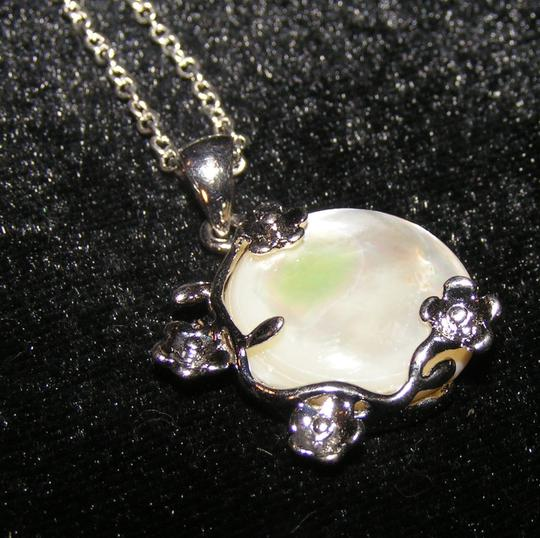 Silver/White Bogo Free Mop Free Shipping Necklace Image 1