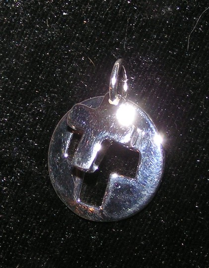 Silver Bogo Free Cut Out Cross Pendant Free Shipping Necklace