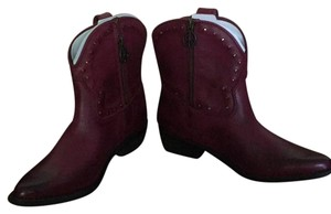Lucky Brand Women's Pet And Smoke Free Dark Red Boots