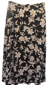 Ann Taylor Skirt navy with flower print