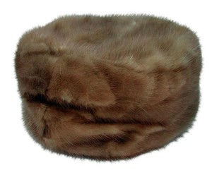 1960s Vintage Autumn Haze Mink Pill Box hat for a Small Head