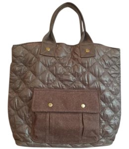 Eddie Bauer Overnighter Shopping Tote in Mushroom brown with brown trim
